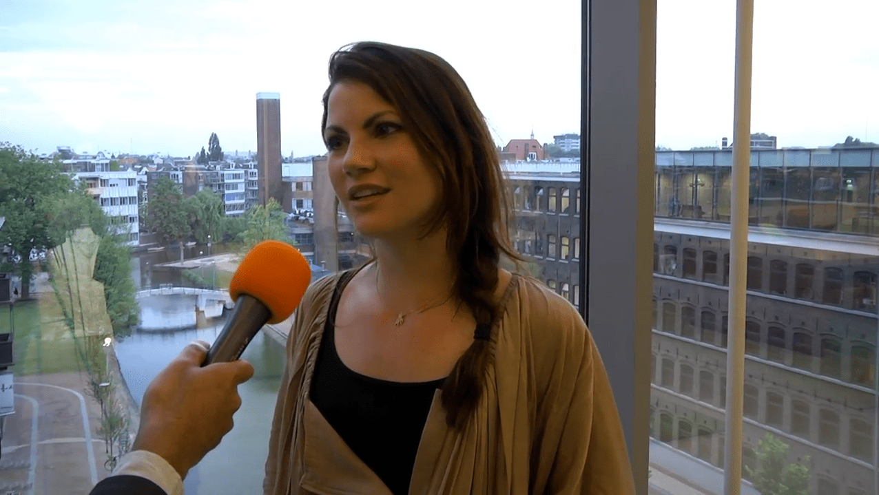 Linda Hakeboom Bij Amsterdam College Tour