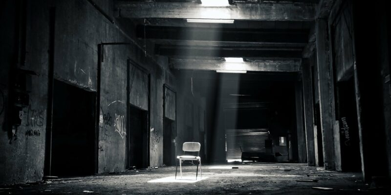 Monochromatic lens, cinema, black and white